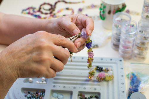 סדנה: קורס עיצוב תכשיטים ויצירה